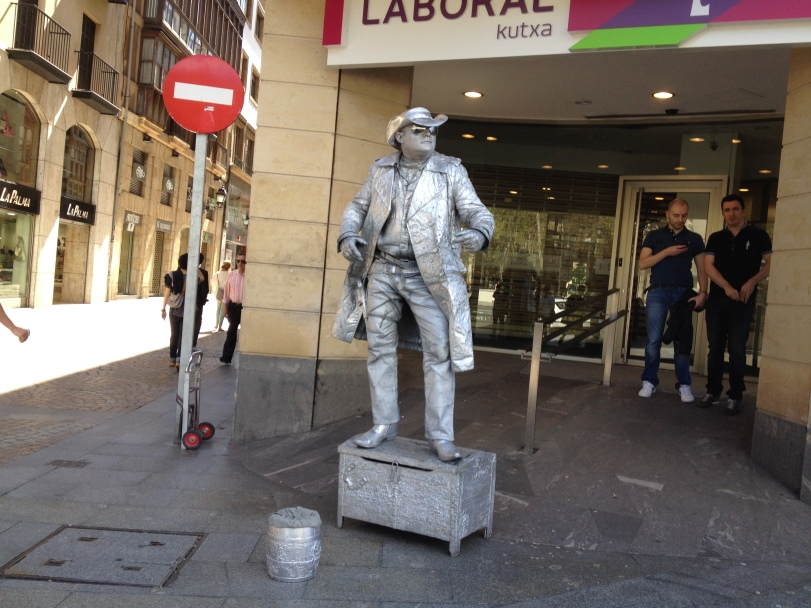 A mime at the Old Town of Bilbao