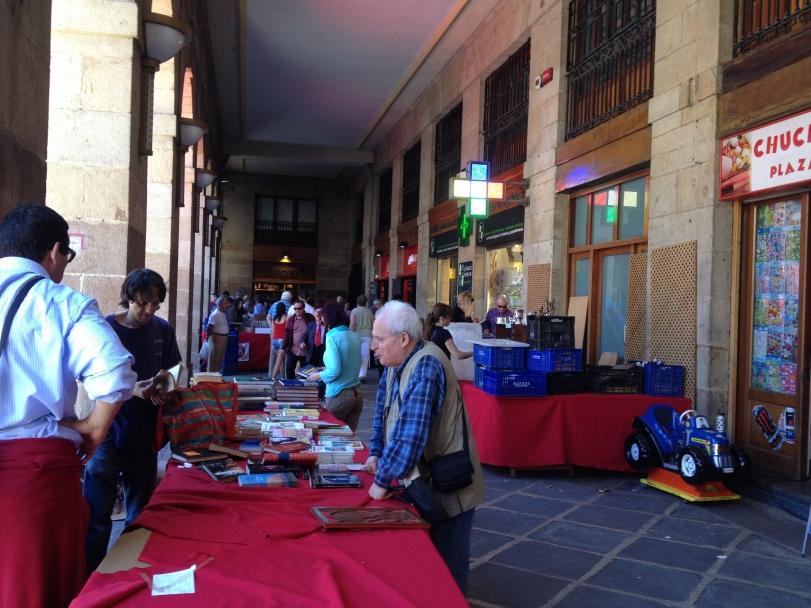 Market near Plaza Nueva